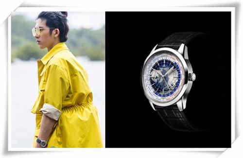 井柏然喜欢戴表 更喜欢戴世界时腕表