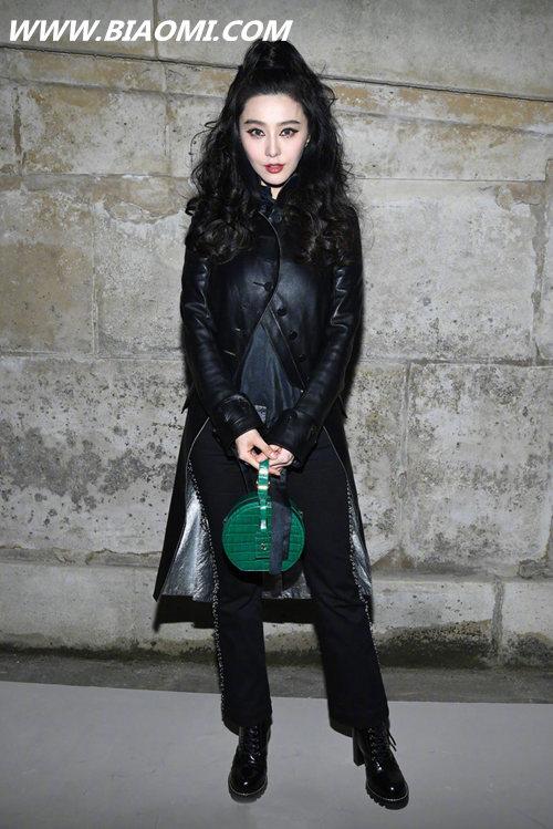 范冰冰此次巴黎行不仅服装惹人关注 腕上也是焦点 万宝龙 路易威登 LV 巴黎时装周 巴黎 范冰冰 热点动态  第2张