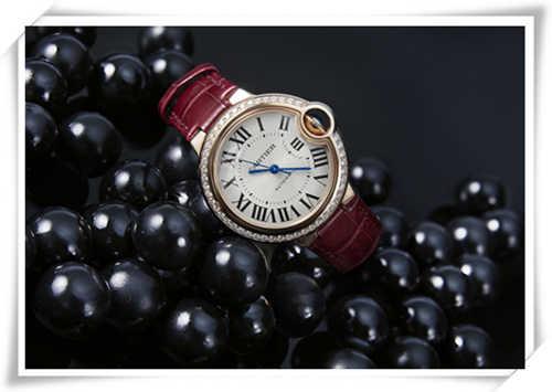 富察皇后秦岚佩戴的全新蓝气球腕表 在中国大陆全球首发了