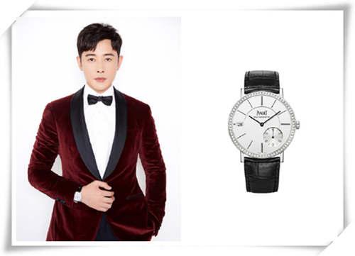 罗晋身着红色西装现身北京卫视春晚录制现场 腕表是亮点?