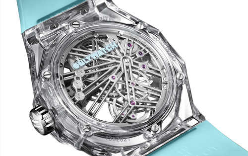 170万元的宇舶经典融合陀飞轮蓝宝石奥林斯基腕表 ONLY WATCH拍卖会的小清新?