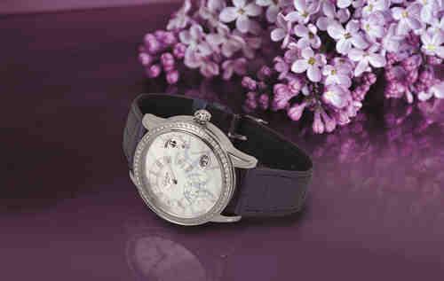 偏心月相女士腕表与小夜曲女士腕表 献礼母亲节