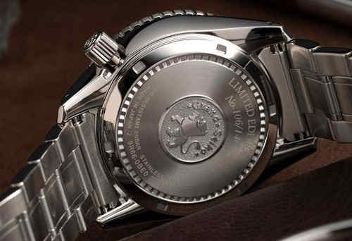 冠蓝狮推出Spring Drive GMT腕表香槟钻特别限量版腕表