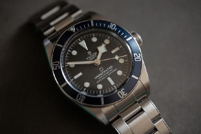 有钱买不到系列?帝舵与UNDEFEATED打造联名款腕表 不对外发售